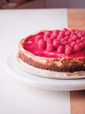 Biscoff & Raspberry Cheesecake