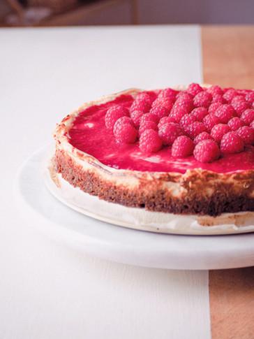 Biscoff & Raspberry Cheesecake