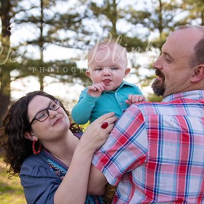Adam & Sara Family 2019