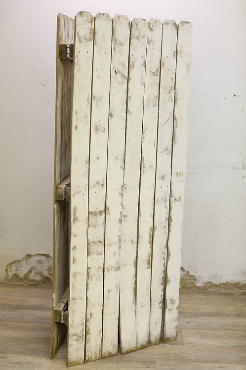 White Wooden Hinged Backdrop
