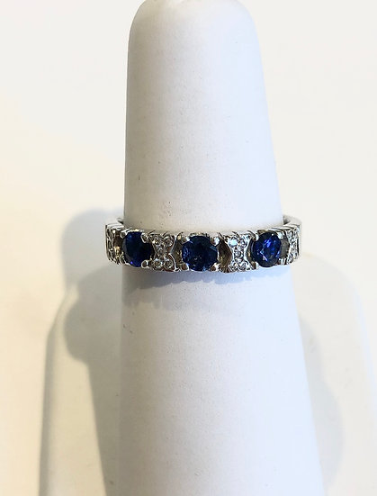 Sapphire and diamond ring, jewellery Great Missenden