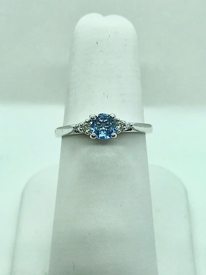 Diamond and Aquamarine Gold Ring