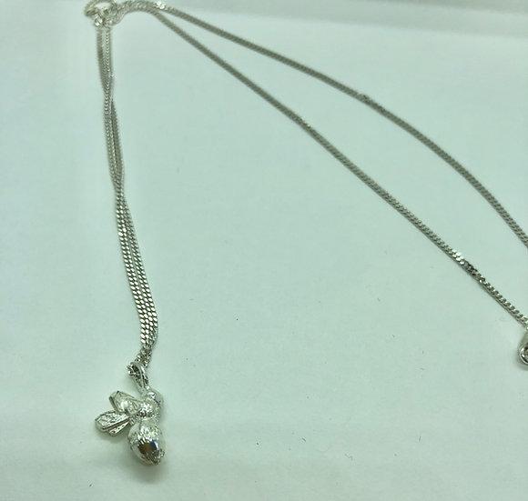 silver bumblebee pendant, wendover
