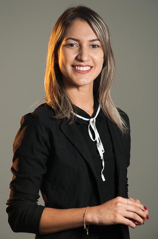 Ana Claudia Araujo