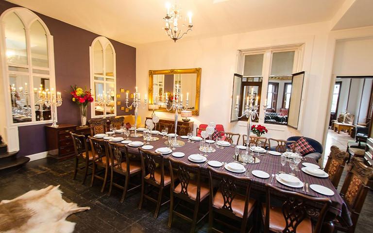 harviestonhall-diningroom1.jpg