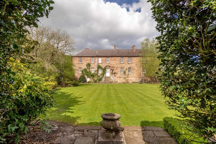 Monkton House Garden .jpg