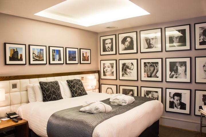 Le Monde Hotel.jpg