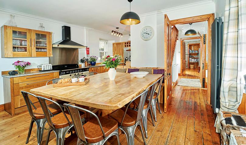Mountain-Grange-0047-web.jpg-Kitchen-Table.jpg