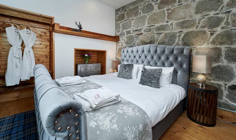 Mountain-Grange-0001-web-Baroque-Room.jpeg