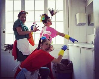 ¡Nuevo espectáculo de calle: Las Limpiadoras!