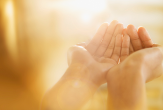 """""""7 Surprising Health Benefits of Gratitude"""" Time News article"""