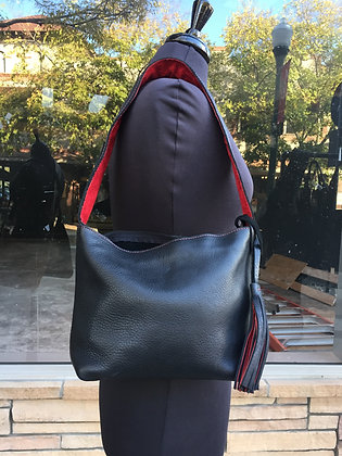 Small shoulder bag, Black leather lined with red suede (w/zipper)