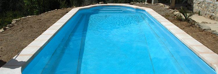 8 Boujan piscine 9 X 3,80 X 1,10/1,76 m