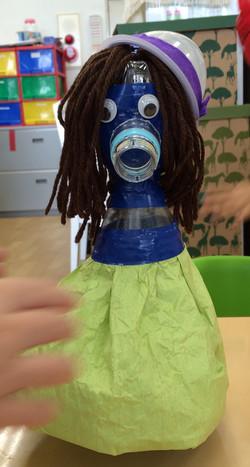 ペットボトル人形