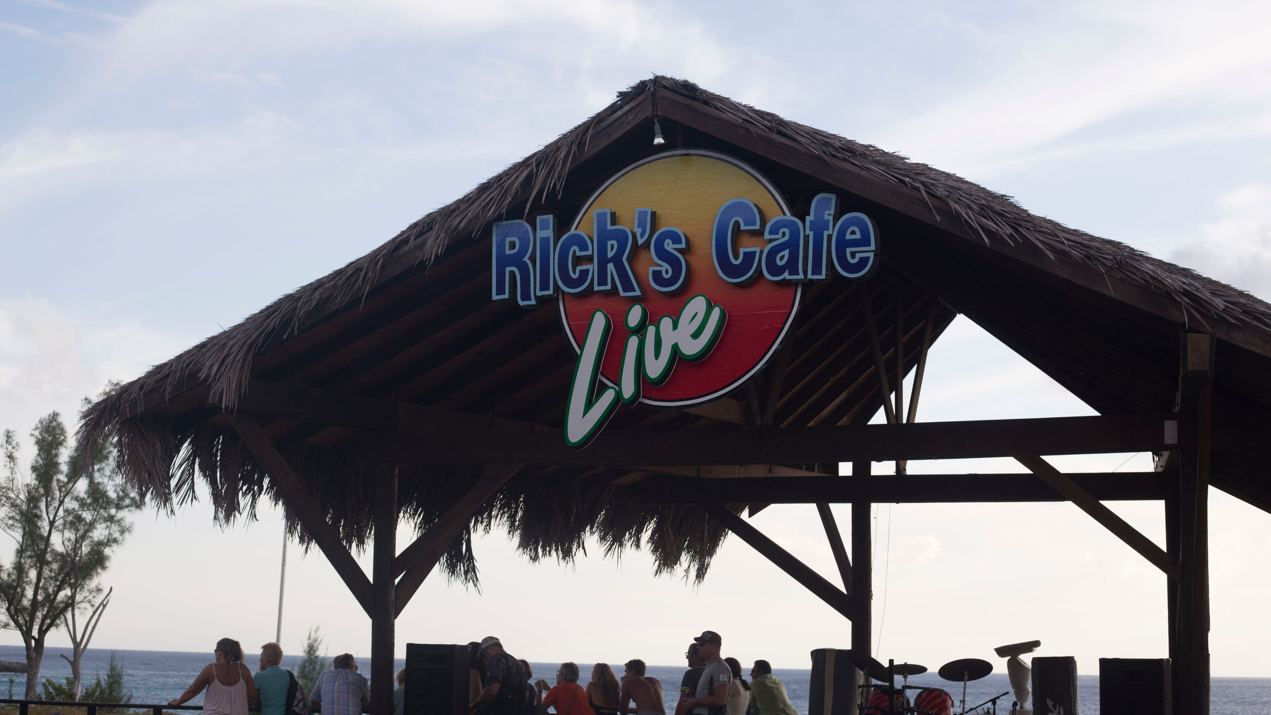 Ricks Cafe Live Music_1