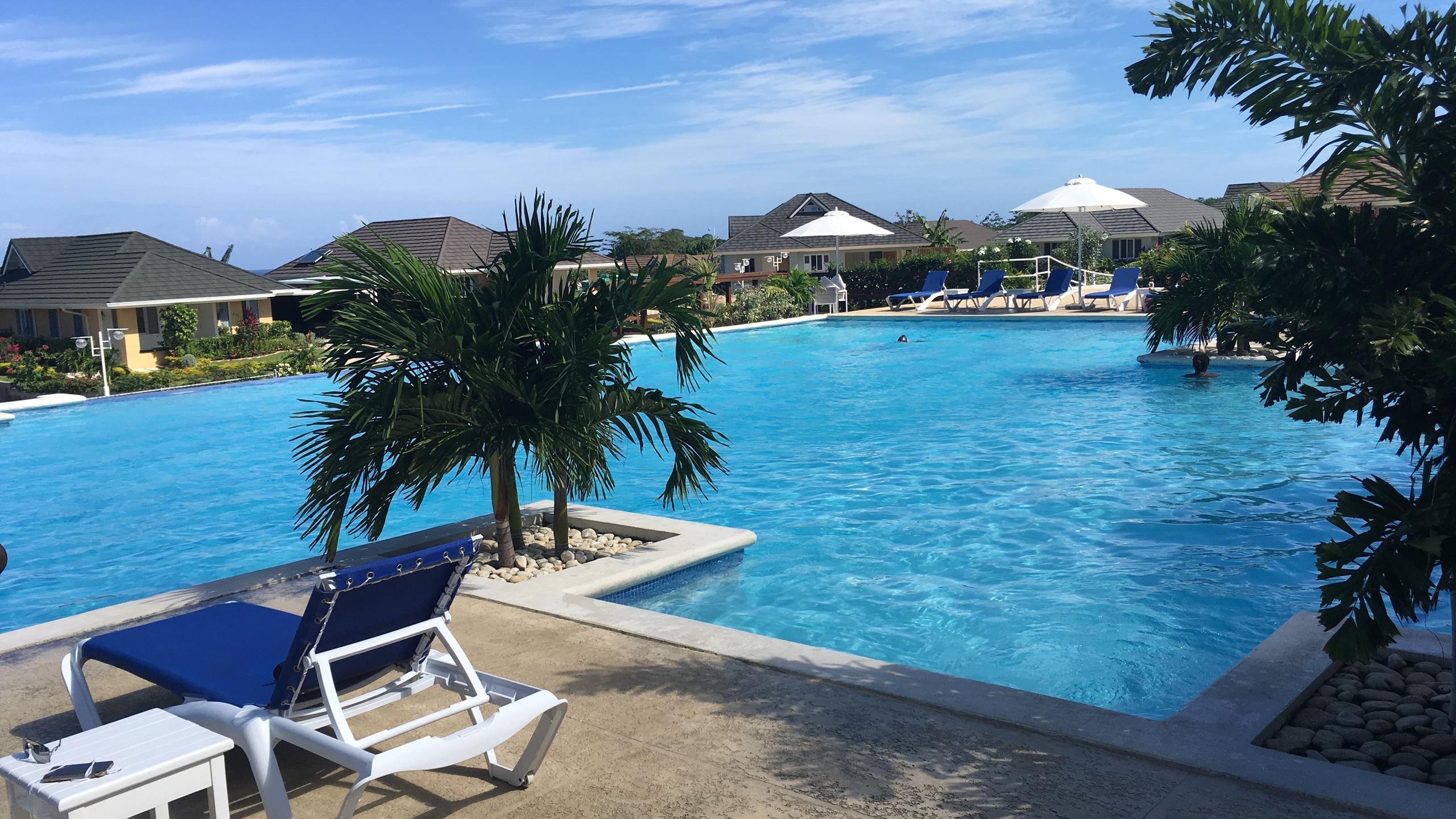 Coolshade pool