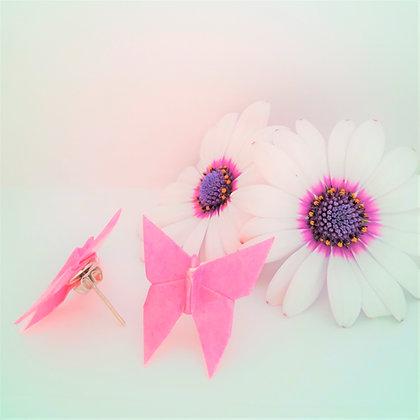 Butterfly stud earrings - pink