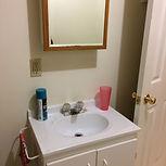 Quaint Cottage D, sleeps 4, bathroom with mirror, clean