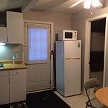 quaint cottage D, fridge, microwave, window coverings
