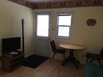 Cozy Cottage C, flat screen tv, free satellite, free wifi