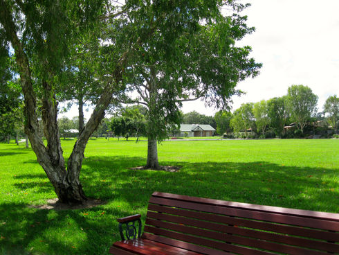 nerang-dog-park-swift-park-gold-coast-do