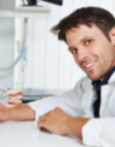 Requisitos para cursar el modulo de prótesis dental en cáceres