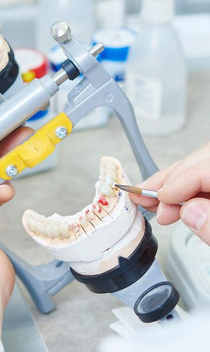 Temario del ciclo de prótesis dental, instituto tecnologías dentales Fones