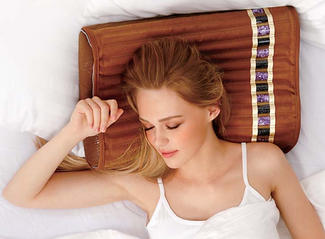 This BioMat Pillow compliments the BioMat Professional in many healing practices. It was designed to keep the head cool during thermo-therapy sessions on the BioMat. It produces a mild traction on the neck and keeps the head in a good ergonomic position. The BioPillow does not plug into the wall. The channels of crushed amethyst and tourmaline contained in the removal BioMat Pillow cover, can also be used as a knee or elbow wrap, for those areas needing more attention. BioPillow includes a washable 100% cotton quilted cover. An extra cover can be ordered separately