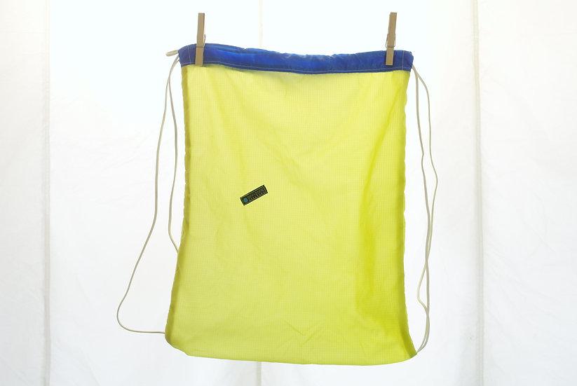 La voile à Maurice - Jym jaune bleu
