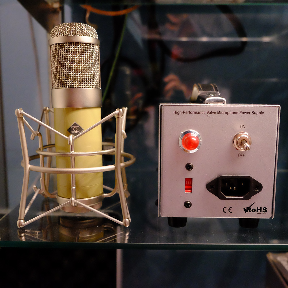 Tube microphone with power box