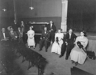 Delphi-Opera-House-Interior-ca1910.png