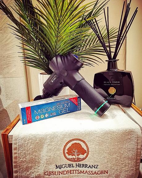 massagegun2.png