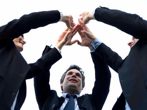 Gestão colaborativa e liderança inspiradora