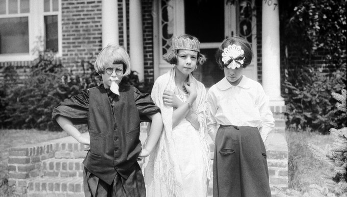 Photograph by Jackson Davis, 1929, courtesy of the Small Special Collections Library, University of Virginia