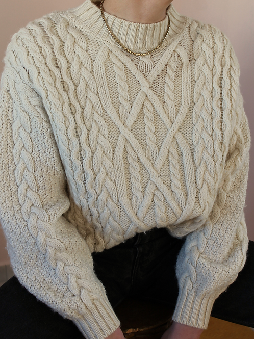 90s Vintage  Cable Knit Sweater in Cream