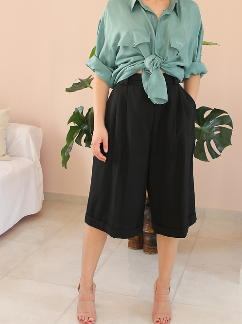 90s Vintage Culottes Shorts in Black ( EU 42)