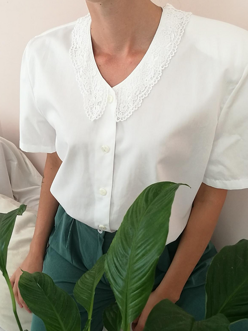 Vintage Embroidered Collar Blouse in White with Short Sleeves