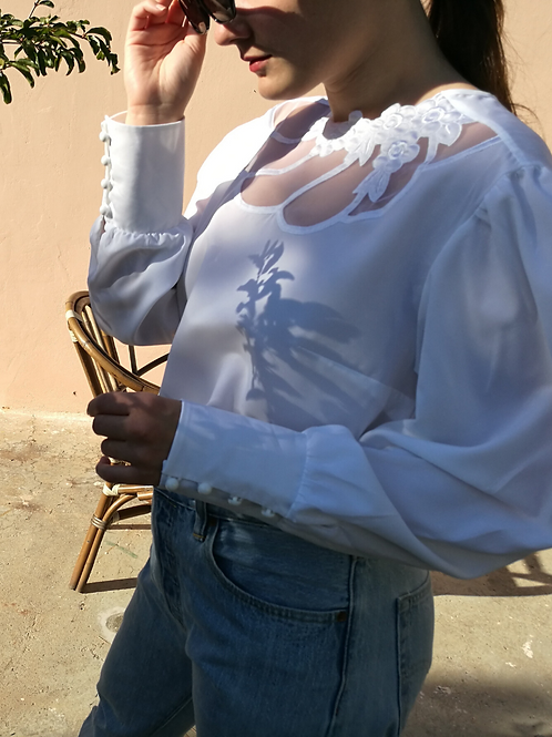 Vintage Romantic Embroidered Blouse in White