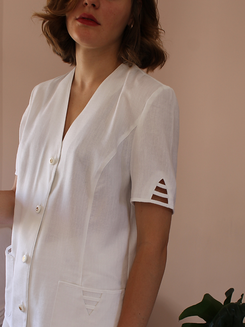 Vintage Cut Out Blouse in White - (EU44)