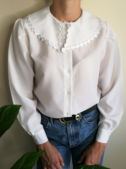 Vintage Button Up Blouse in White with Embroidered Collar