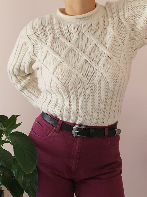 Vintage Sweater in White with Crew neck