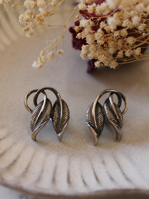 Vintage 60s Silver Plated Leaf Earrings