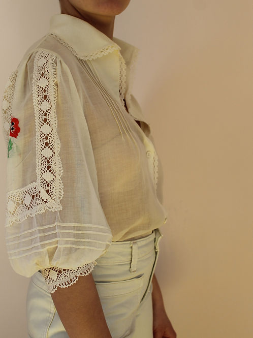 Vintage 90s Puff Sleeves Statement Blouse in Cream White