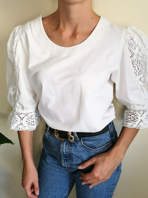 Vintage Blouse in White with Embroidered Sleeves