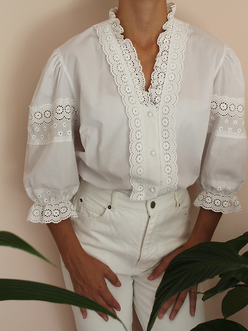 Vintage Embroidered Collar Blouse in White