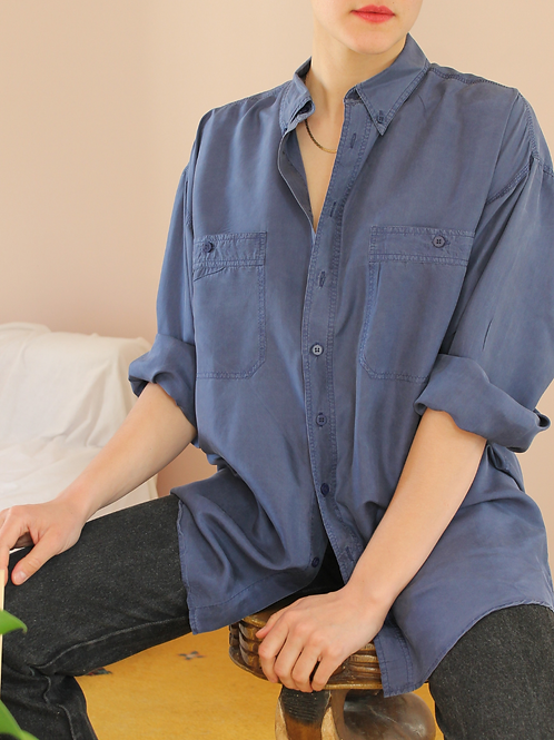 90s Vintage Silk Shirt in Indigo Blue - (EU48-50)