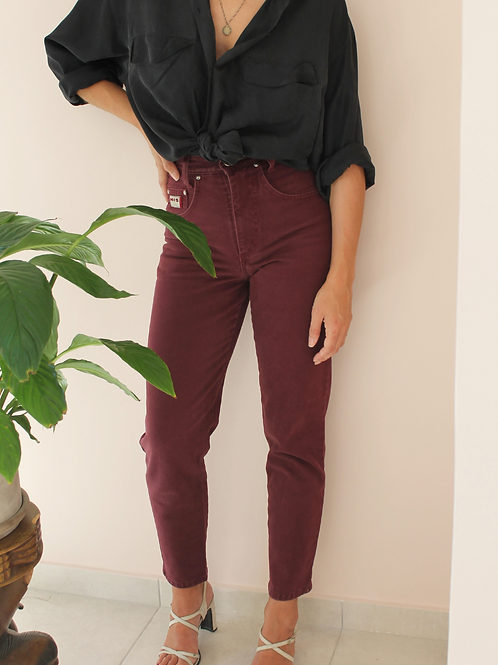 Vintage High Waisted Mom Jeans in Burgundy