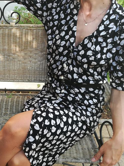 Vintage Midi Puff Sleeves Dress in Black