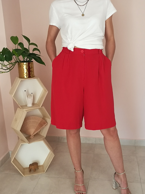 Vintage High Waisted Shorts in Red