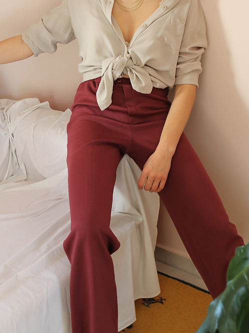 70s Vintage  High Waisted Trousers in Hibiscus Red, W27/L32